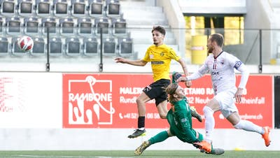 Filip Stojilkovic bringt den FCA in Führung. (freshfocus)