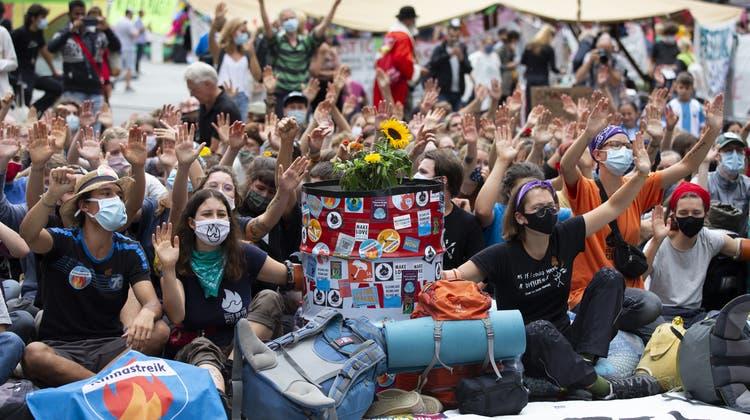 Bereits in Vergangenheit hat die Klimabewegungfür eine ökologischere und sozialere Zukunft demonstriert, etwa auf dem Bundesplatz. (Keystone)