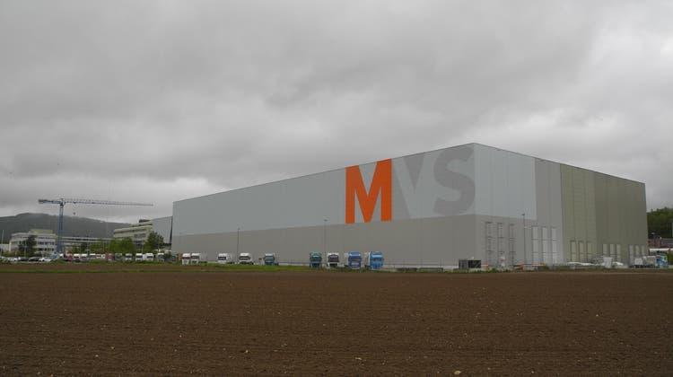 Auf dieser Fläche soll das Verteilzentrum des Migros Genossenschaftsbunds im Suhrer Wynenfeld ausgebaut werden. (Daniel Vizentini)
