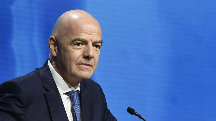 Gianni Infantino am 45. ordentlichen UEFA Kongress in Montreux im April. (Richard Juilliart / Uefa Handout / EPA)