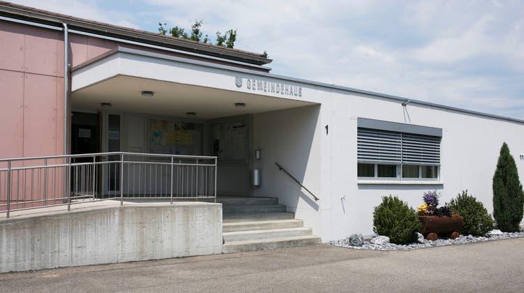 An der Gemeindeversammlung in Veltheim – hier die Gemeindeverwaltung– wird über eine ganze Reihe von Themen informiert. (Britta Gut (26. Juni 2020))