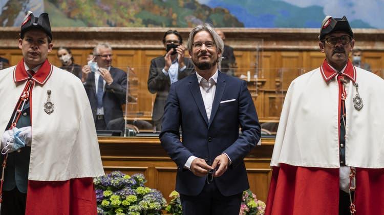 Folgt auf Mathias Reynard: Emmanuel Amoos sitzt neu für die SP im Nationalrat. (Keystone)