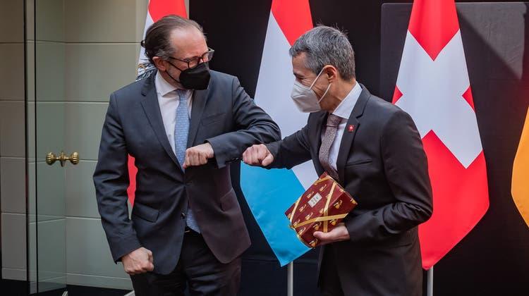 Enge Beziehung: Der österreichische Aussenminister AlexanderSchallenbergund Bundesrat Ignazio Cassis (rechts). (Archivbild) (Keystone)