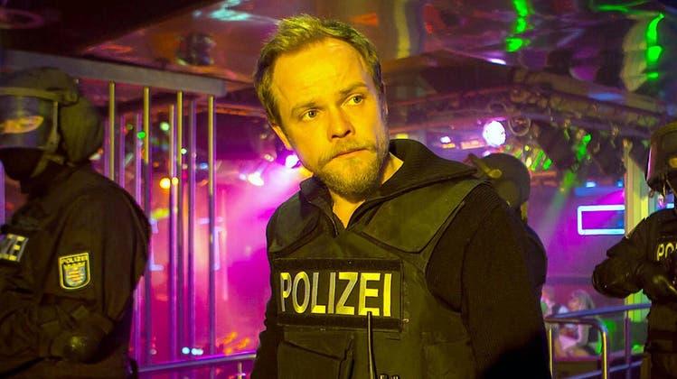 Braucht wenig, um sich als Marthaler auszudrücken: Matthias Köberlin in einer ZDF-Verfilmung. (Bild: ZDF)