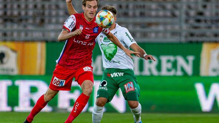 Setzt Linz-Stürmer Fabian Schubert seine 1,94 Meter Körpergrösse bald für den FC St.Gallen ein? (Imago)