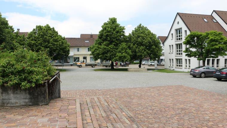 Für die Aufwertung der Dorfmitte beantragt der Gemeinderat einen Kredit über 300'000 Franken. (Foto: Dennis Kalt / Aargauer Zeitung)