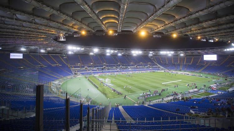 Im Stadio Olympico in Rom beginnt heute Abend die EM mit dem Spiel Italien-Türkei. Die Schweiz trifft am Samstag in Baku auf Wales. (Foto: Claudio Peri / EPA ANSA)