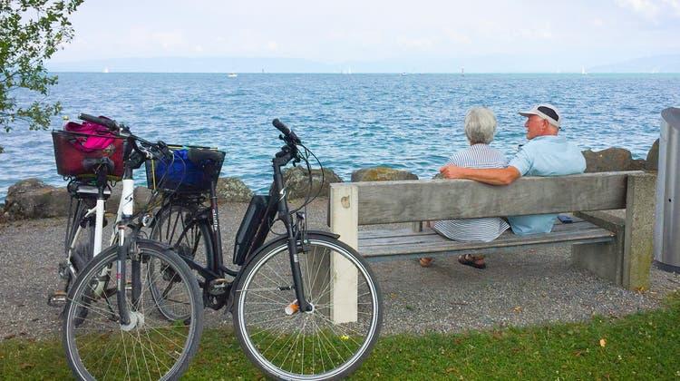 Ein Paar beim «loien »am Bodensee. (Bild: Ralph Ribi /TBM)