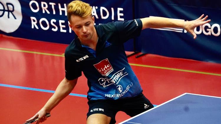 Wils Elia Schmid gewann drei seiner vier Einzel in den ersten zwei Halbfinalpartien gegen Lancy. (Bild: Tim Frei (Wil, 10. April 2021))