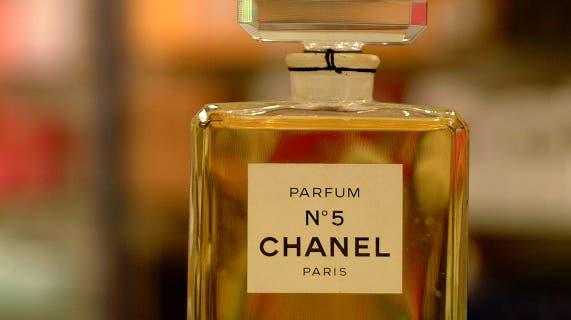 Ursprung von Legenden: Das Parfum Chancel No 5. (Walter Schwager)