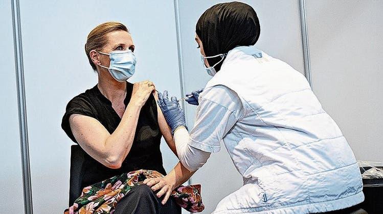 Trotz dreimal mehr Fällen als in der Schweiz: Die Dänen müssen ab Montag keine Masken mehr tragen