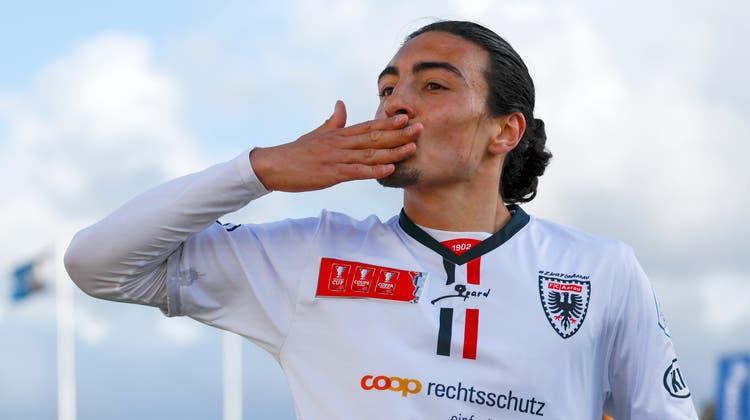 Mickael Almeida erzielte im Frühling 2021 zehn Tore für den FC Aarau - nun wird er definitiv bis 2023 übernommen. (Marc Schumacher / freshfocus)