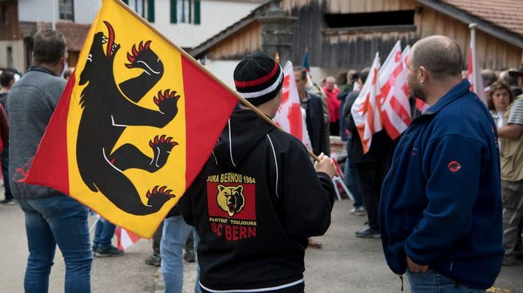 Immer noch gespalten: Berntreue und Separatisten bei der Abstimmung 2017 in Belprahon. (Keystone)