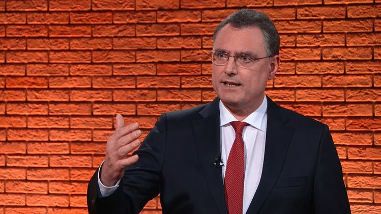 Nationalbank-Chef Thomas Jordan steht vor grossen Entscheidungen. (Tele Züri)