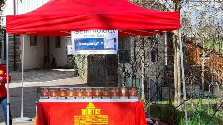 Der Scientology-Stand in Rheinfelden sorgte in der Vergangenheit für Reklamationen bei der Stadt. (Zvg / Aargauer Zeitung)