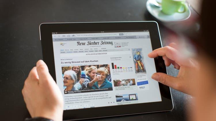 Schweizer Medien setzten zunehmend auf Bezahlmodelle. (Gaetan Bally / KEYSTONE)