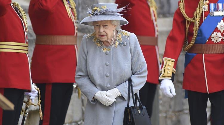 Schlichter als sonst: Die Feierlichkeiten für die Queen. (Foto: Keystone)