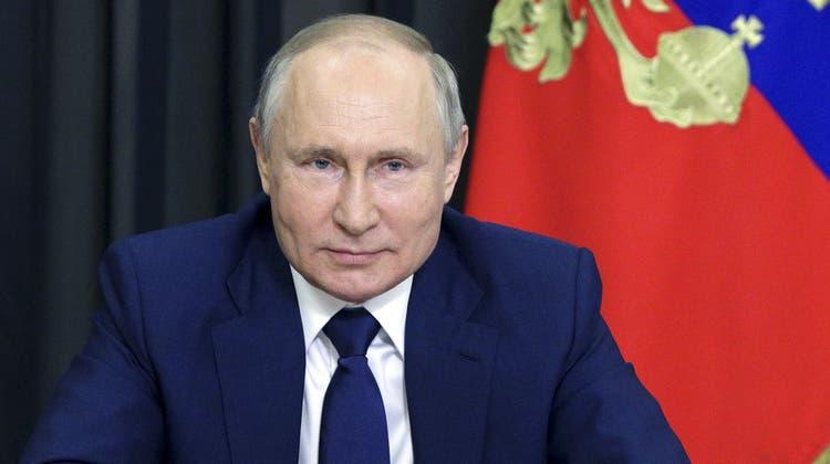 Sagt, Biden sei ein «Karrieremensch», ganz anders als Trump: Wladimir Putin. (AP)