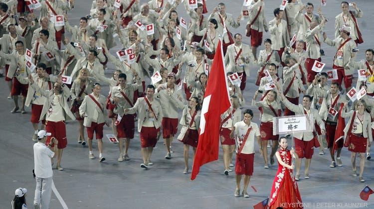 Bis zum Einmarsch an der Eröffnungsfeier hat die Schweizer Olympia-Delegation noch manche Hürde zu überwinden. (Keystone)
