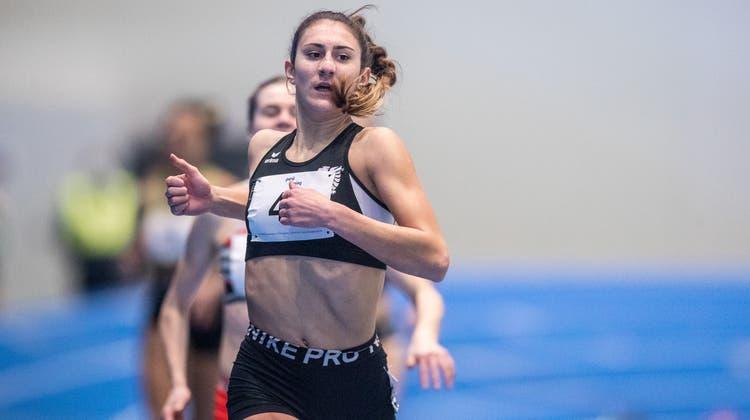 Die Mittelstreckenläuferin Valentina Rosamiliavom BTV Aarau knackt derzeit Rekord um Rekord. (Zvg/Athletic.ch/Ulf Schiller  / Aargauer Zeitung)