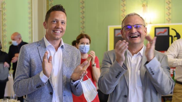 Will noch zuwarten mit konkreten Klimaplänen für die Zukunft: SVP-Nationalrat Christian Imark (links). (Bild: Anthony Anex / KEYSTONE)