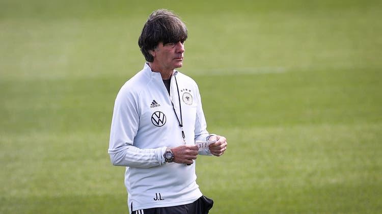 Jogi Löw setzt wieder auf Thomas Müller und Mats Hummels. (Christian Charisius / dpa)