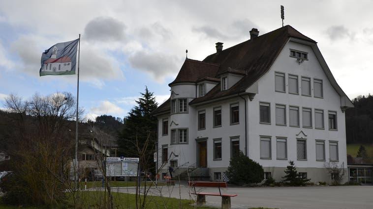 Hat 1.3 Millionen Franken für Sanierungen gesprochen: die Gemeinde Kirchleerau. (Daniel Vizentini / Aargauer Zeitung)