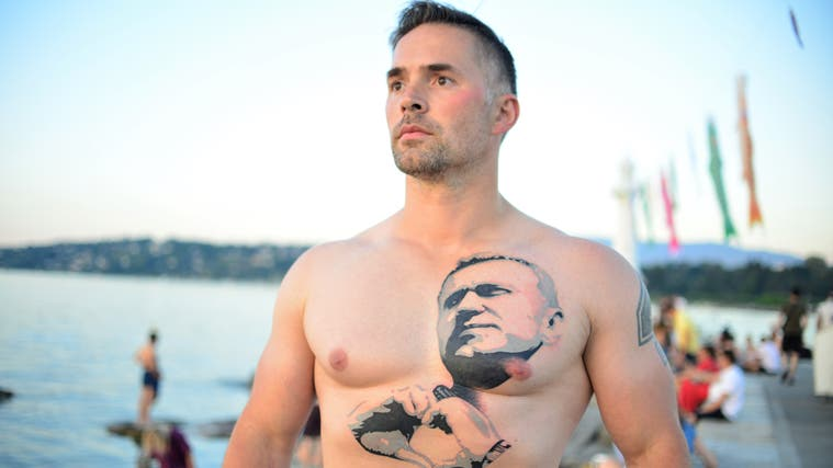 Petr Pavelec, 38, hat eine deutliche Botschaft für Putin, der morgen zu Besuch in seine Heimatstadt kommt. (Samuel Schumacher)