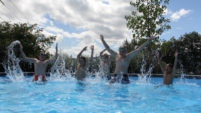 Hoffentlich bald wieder: Im Freibad Villnachern stand letztes Jahr anstelle des defekten Hauptschwimmbeckensein Pool zur Verfügung. (Bild: Claudia Meier (5. Juli 2020))