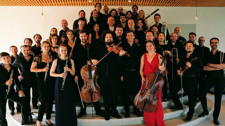 Chaarts, eine bunt zusammengewürfelte Truppe aus Musikerinnen und Musikern aus insgesamt 17 Nationen. (zvg)
