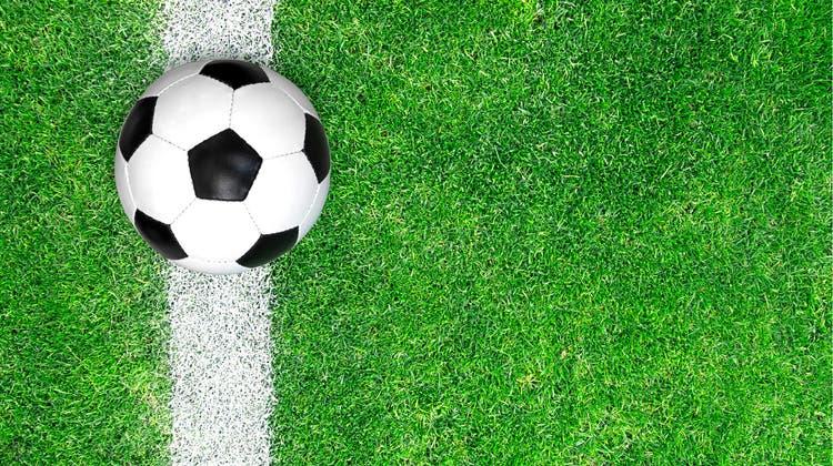 Gian Reto Bleuel führt Küttigen mit drei Toren zum Sieg gegen Aarburg