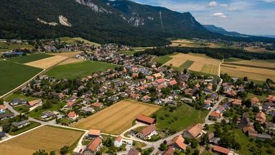 Baufragen liessen die Wogen an der Gemeindeversammlung Lommiswil hochgehen. (Oliver Menge)