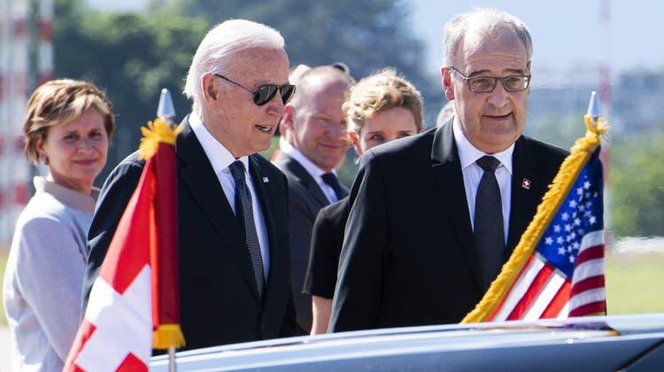 Bundespräsident Parmelin empfängt den US-Präsidenten Biden. (Keystone)