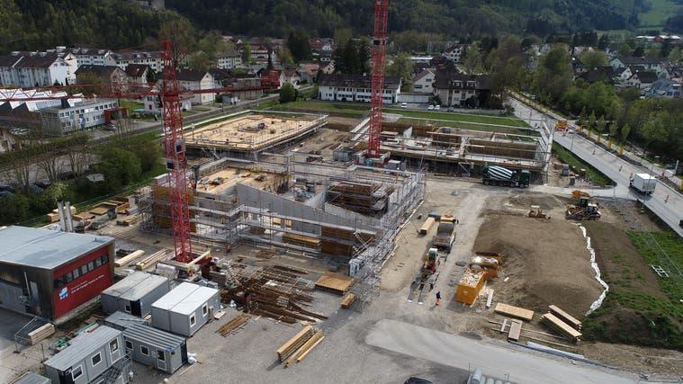 Dank Grundstücksverkäufen wie der «Hunzikerwiese» schliesst die Balsthaler Rechnung 2020 mit fast 6 Mio. Franken Ergebnis. (Bruno Kissling)