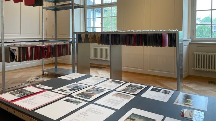 Notizen, Bilder und Texte: Künstlerin Sadhyo Niederberger geht in «Reading Caspar Wolf» auf Spurensuche des Murianer Künstlers. (Foto: zvg)