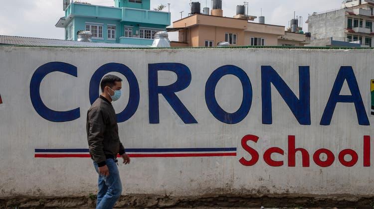 Mit dem Geld der Glückskette werden auch Projekte in Nepal unterstützt. (Keystone)