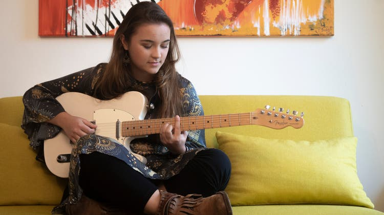 Joya Schedler alias Joya Marleen in ihrem Zimmer in St.Gallen. (Bild: Arthur Gamsa (14. Oktober 2020))