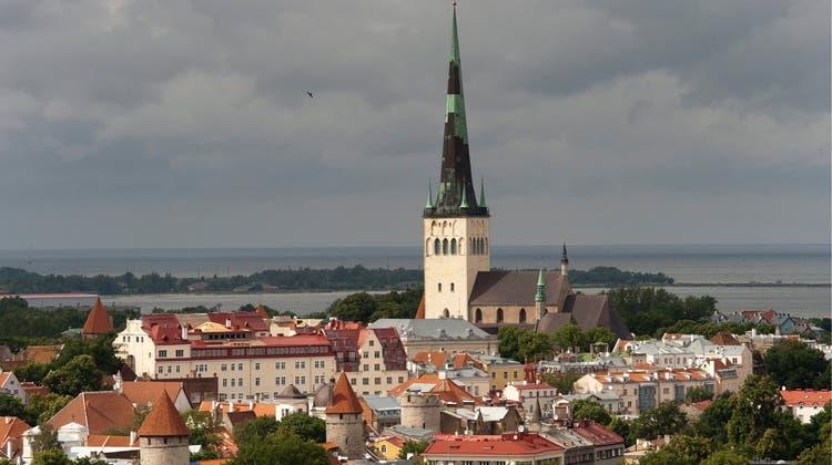 Tallinn in Estland kann wieder ohne Quarantäne bei der Rückreise besucht werden. (Keystone)