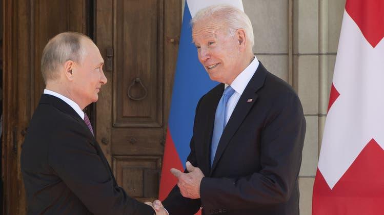 Kurz vor dem Gipfel: Bundespräsident Guy Parmelin empfängt Putin und Biden in Genf. (Bild: Keystone)