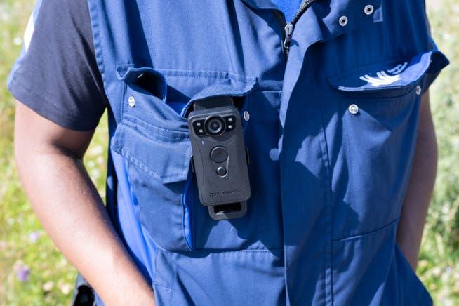 Die Kamera wird nur bei aussergewöhnlichen Situationen eingeschaltet und dient dem Schutz der Kontrolleure.