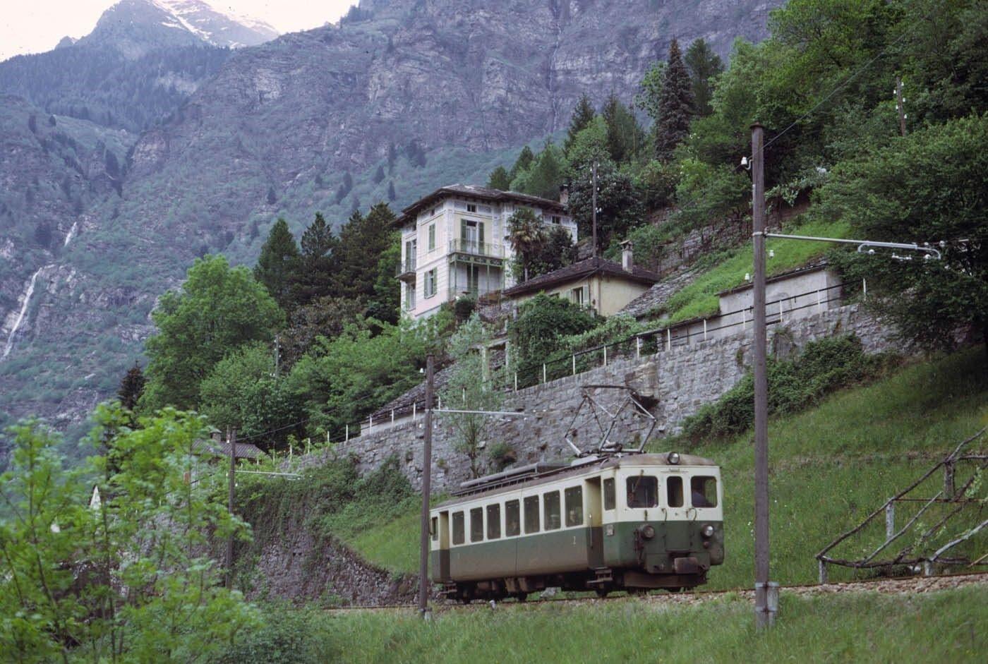 Bis 2012 stand der Triebwagen im Misox für touristische Extrafahrten im Einsatz.
