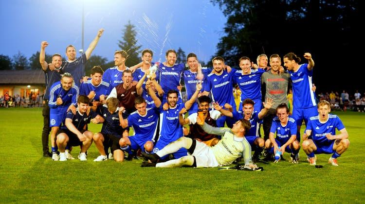 Vor zwei Jahren stieg der FC Trimbach unglücklich als Tabellenzehnter aus der 2. Liga ab. Jetzt ist das Team von Trainer Hasan Osaj zurück im Oberhaus. (Hans Peter Schläfli)