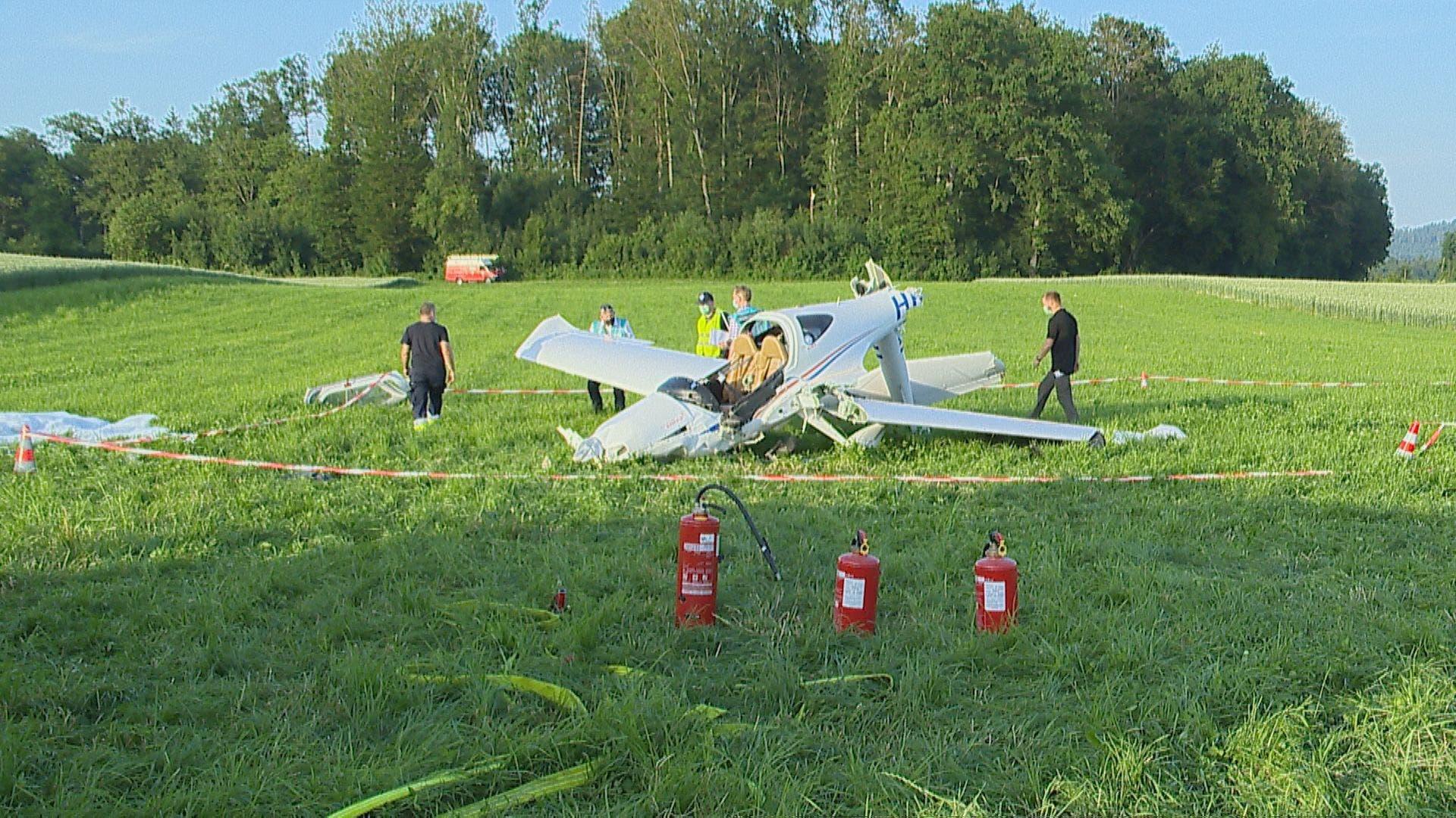Am Donnerstag ist auf dem Birrfeld ein Flugzeug abgestürzt.