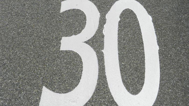 Der Gemeinderat schreibt die Petition zur Einführung von Tempo 30 in Recherswil ab. (Rahel Meier)