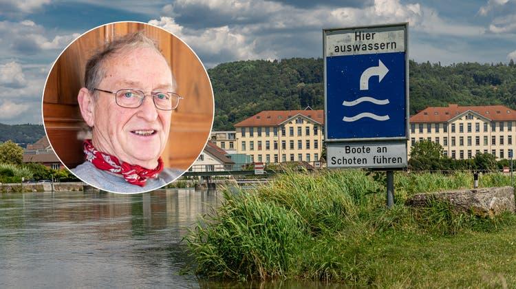 Spätestens beim Gebenstorfer Reussbädli muss der Flussaus Sicherheitsgründen verlassen werden. (Bild: Chris Iseli (14. Juli 2020))