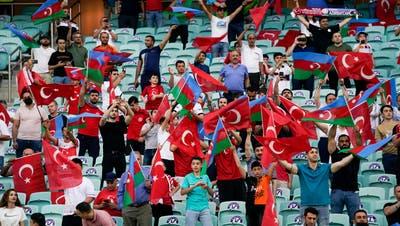 Die Türken sind heissblütige Fans. (Bild: Claudio Thoma/Freshfocus)