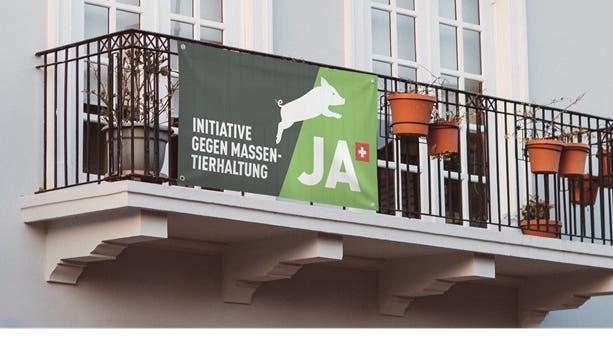 Das Kampagnenplakatfür die Initiative gegen Massentierhaltung. (Bild: PD)