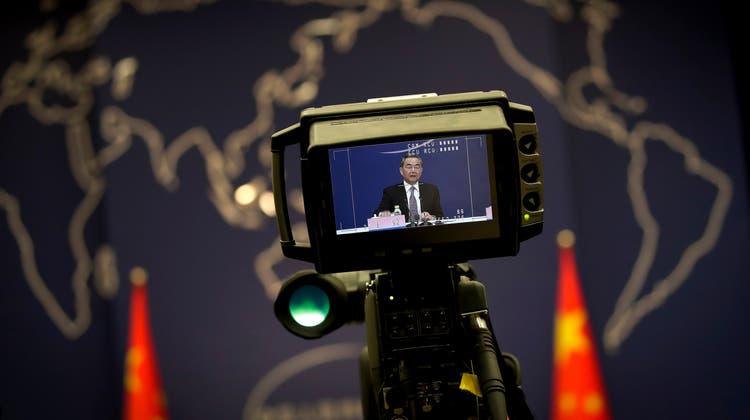 Nicht nur Politiker stehen in China unter Beobachtung– auch der kleine Bürger. (Bild: Keystone)