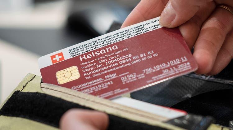 Ausser Spesen nichts gewesen? Helsana muss zu viel bezahlte Prämien ausgleichen – und der Kunde erhält 25 Rappen