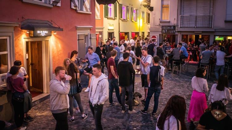 Party-Hotspot Bermuda-Dreieck: Jetzt sorgen die Öffnungszeiten für Ärger. (Archivbild: Michel Canonica)